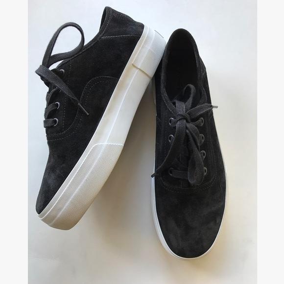 9708094e8e13 Vince Copley sneaker black sz 8. M 5ad0165df9e501382f1c582c